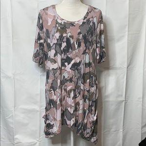 LOGO Lori Goldstein Tunic Size 1X Pink Gray